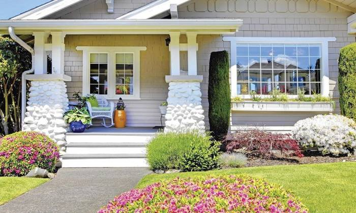 7 Ways to Create Curb Appeal